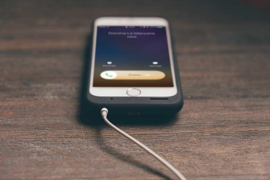 Cómo anunciar llamadas en el iPhone con iOS 10